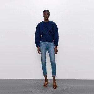 Zara light wash mid-rise skinny denim jeans